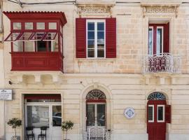 Two Pillows Boutique Hostel, boutique hotel in Sliema