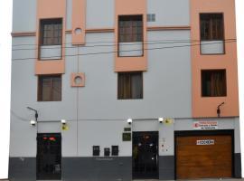 Portada del Sol, hotel near Estadio Alberto Gallardo, Lima