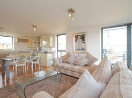 Oxfordshire Living - Central Oxford - Luxury Penthouse Apartment, accommodation in Oxford