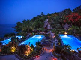 Hermosa Cove Villa Resort & Suites, resort in Ocho Rios
