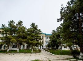 """База отдыха """"Морская волна"""", guest house in Derbent"""