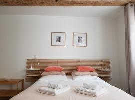 Studio Maison Verte Colmar Centre, hotel near Saint-Martin Collegiate Church, Colmar