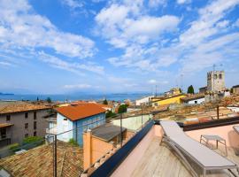 Casa Tunina, apartment in Desenzano del Garda