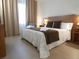 HOTEL ARZÚA, hotel en Arzúa