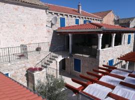 Villa Lantina, hotel near ACI Marina Betina, Betina