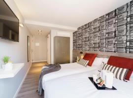 Wander by Pillow, homestay sa Barcelona