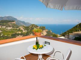 DAME casa vacanza, pet-friendly hotel in Amalfi