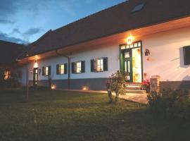 Sonnenhaus Grandl, Ferienwohnung in Feldbach