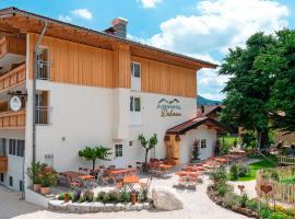 Alpenhotel Dahoam, hotel a Schleching