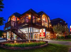 Best Western Plus Dockside Waterfront Inn, hôtel à Mackinaw City