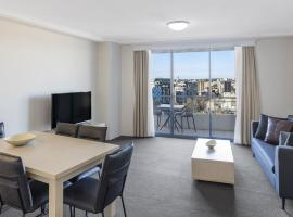 Oaks Sydney Castlereagh Suites, hotel in Sydney