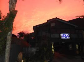 Surf City Motel, hotel in Torquay