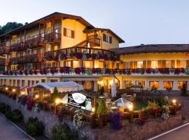Hotel Alle Alpi, hotel a Moena