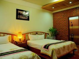 Green hotel, khách sạn ở Kon Tum
