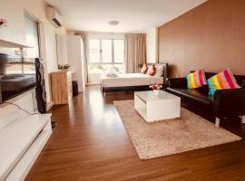 Baan Koo Kiang Hua Hin Condominium by KK, apartment in Hua Hin