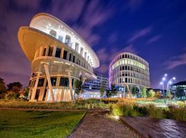 Sound Garden Hotel Airport, hotel near Warsaw Frederic Chopin Airport - WAW, Warsaw