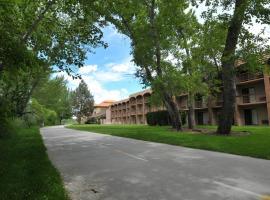 Cottonwood Suites Boise Riverside Downtown, hôtel à Boise