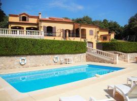 Villa avec piscine proche Monaco, villa à Peillon