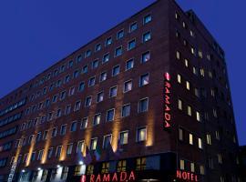 Ramada by Wyndham Naples, hotel in Naples