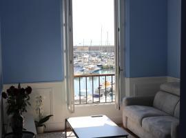 Tres Bel Appartement Vieux Port De Bastia, apartment in Bastia
