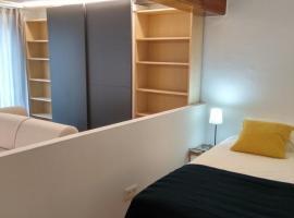Apartamento Mercaderes, hotel near Spanish Red Cross, Pamplona