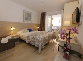 Hotel & Apartments Eldorado, hotel in Grado