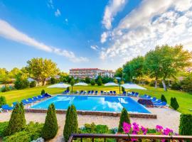 Tulpan Baza Otdyha, hotel with pools in Vityazevo