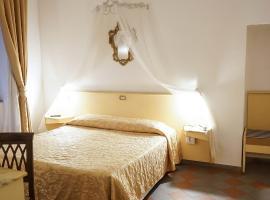 Piccolo Hotel Etruria, hotel in Siena