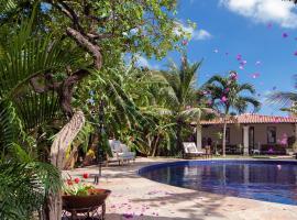 Casa de São José Hotel de Charme, hotel with pools in Camocim