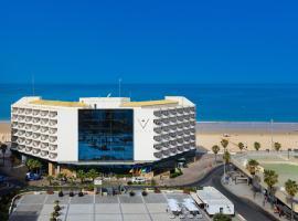 Hotel Playa Victoria, hotel cerca de Estadio Ramón de Carranza, Cádiz