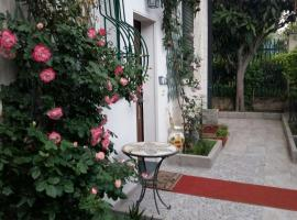 Casa Somaré, holiday home in Milan