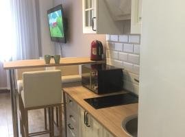 Apartment Rozmarin, budget hotel in Estosadok