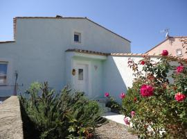 La Maison Verte, hotel in Le Barcarès