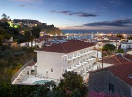Atheras , ξενοδοχείο στον Εύδηλο
