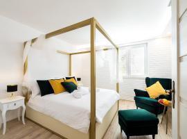 Apartments Mediteraneo, hotel near Dusan Dzamonja Sculpture Park, Vrsar