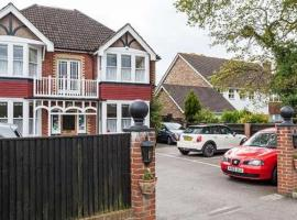 Gable End Guest House, hotel near Spire Gatwick Park Hospital, Horley