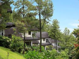 Gunung Geulis Cottages managed by Royal Tulip, hotel di Bogor