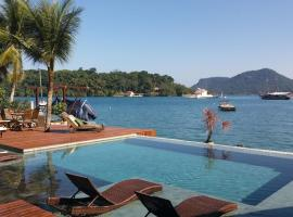 Pousada e Mergulho Jamanta, hotel with pools in Angra dos Reis