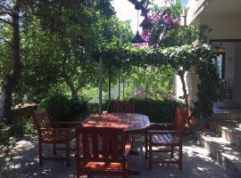 Relax Garden, apartmán v destinaci Stari Grad