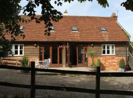 High Street Farm Barn, hotel near Wickham House, Newbury