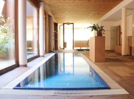 Relax- und Vitalhotel Adler, Hotel in Sankt Anton im Montafon
