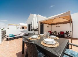 Luxury Beach Apartments, apartment in Playa Honda