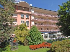 Dermuth Hotels – Hotel Sonnengrund, hotel in Pörtschach am Wörthersee