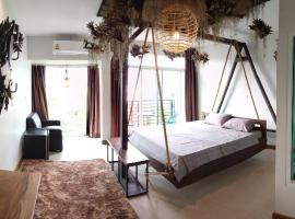 Arbor's house, hotel near Kad Suan Kaew Shopping Center, Chiang Mai
