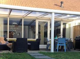 Bos & Duin 23, holiday home in Oostkapelle