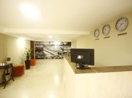 HOTEL INTERLAGOS, hotel perto de Shopping Interlagos, São Paulo