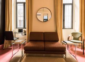 Loft Las Letras, hotel cerca de Reina Sofia Museum, Madrid