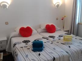 Apt Cardoso 3 ao lado da Praia Peneco, apartment in Albufeira