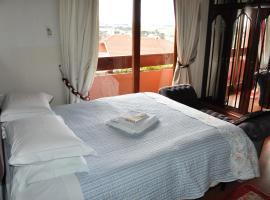 Pousada Monte Carlo, hotel in São Joaquim