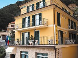 Hotel Adriana, hotel in Laigueglia
